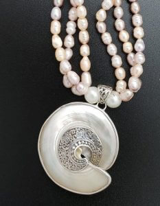 Freshwater Pearls with Mother of Pearl Nautilus Pendant