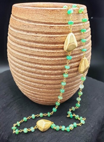 Chrysoprase and Vermeil Nuggets Necklace